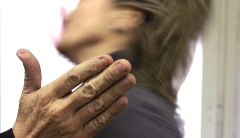 violenza donna aggressione[0]_Public_Notizie_270_470_3